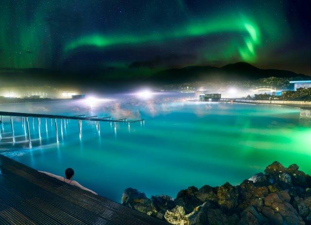 클래식하게 즐기는 아이슬란드 블루라군