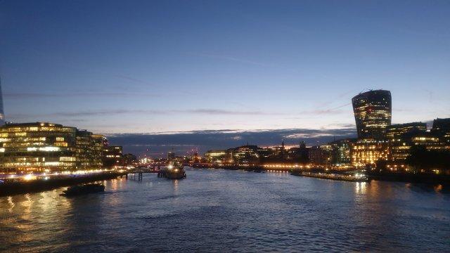 [감성스냅사진이벤트] 런던 로맨틱 야경 투어 [런던소풍] 가이드와 함께 안전하고 즐거운 야경투어