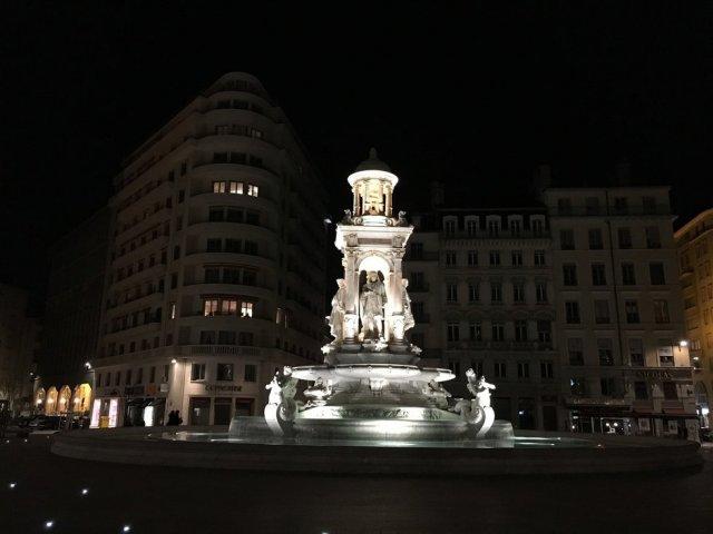 밤이 설레는 이유, 프랑스 리옹 야경 투어