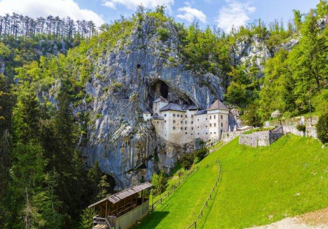 [픽업/샌딩 포함][자그레브 출발] 용이 사는 그 곳, 포스토이나 동굴&아름다운 슬로베니아의 수도 류블랴나
