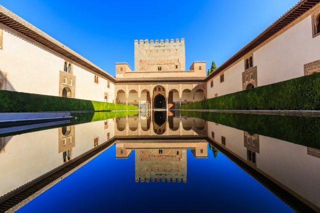 공인 가이드와 함께! 아름다운 알함브라 궁전의 추억