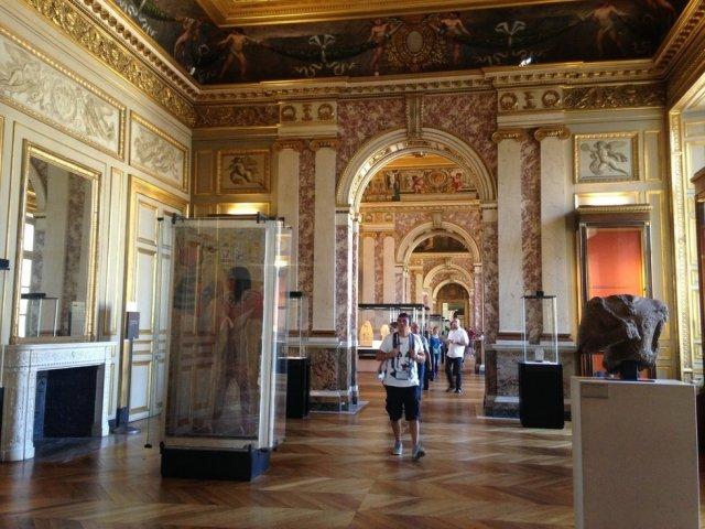 A Tale of the Louvre, 루브르 감감 (監感) 투어