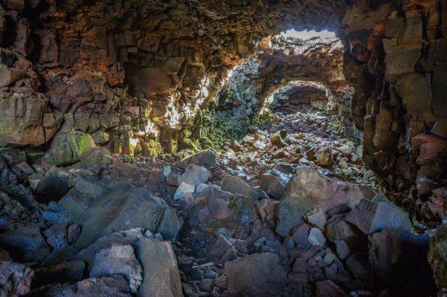 아이슬란드 태고의 자연을 만나러! 용암굴 투어